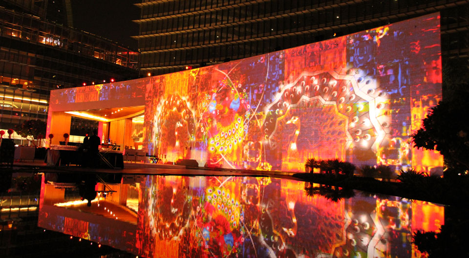 Projection Mapping at the Burjh Khalifa
