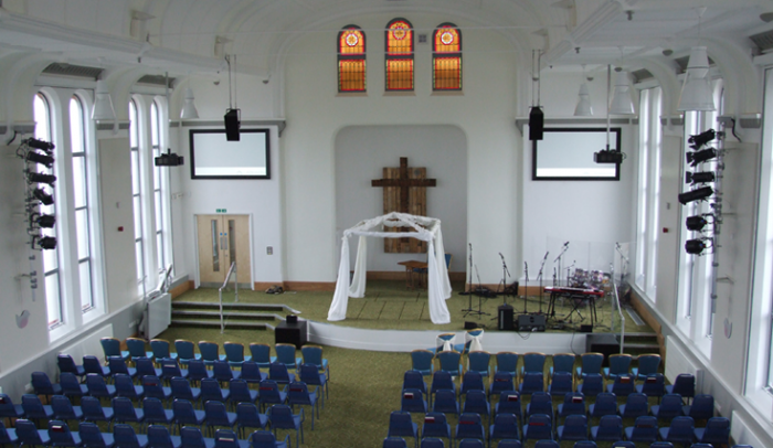 altrincham-baptist-church-projector