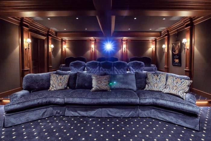 DP_SoundWaves_a_Digital-Projection_Theater-Projector-v2